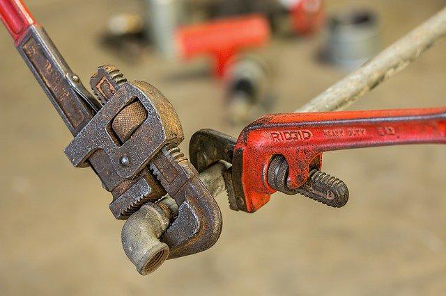 plumbing-585658_640.original.jpg