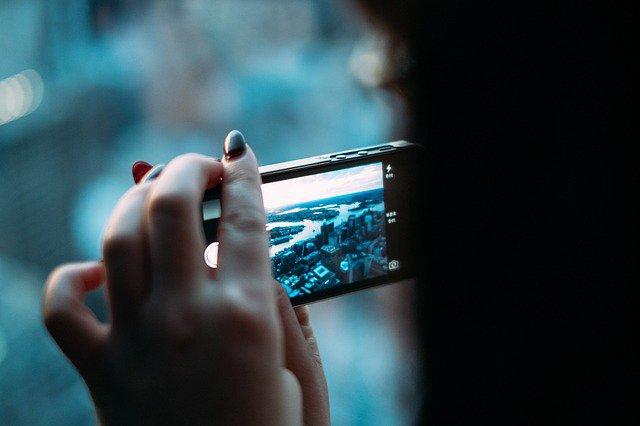 smartphone-381237_640.original.jpg